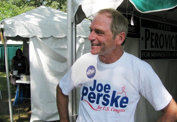 Sartell mayor Joe Perske