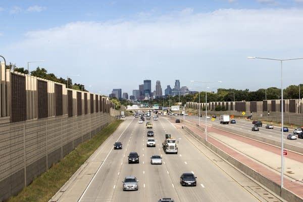 Motorists drive along Interstate 35W on Thursday, Sept. 28, 2017.