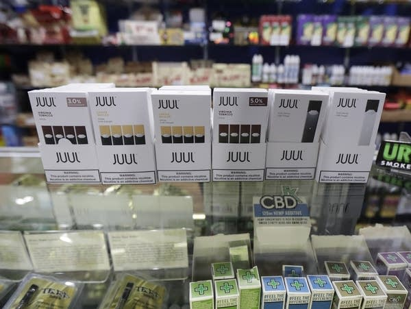 As concerns rise over youth vaping, Juul quickly puts together an army of lobbyists