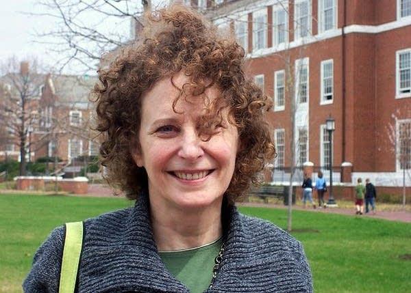 Leslie Martin