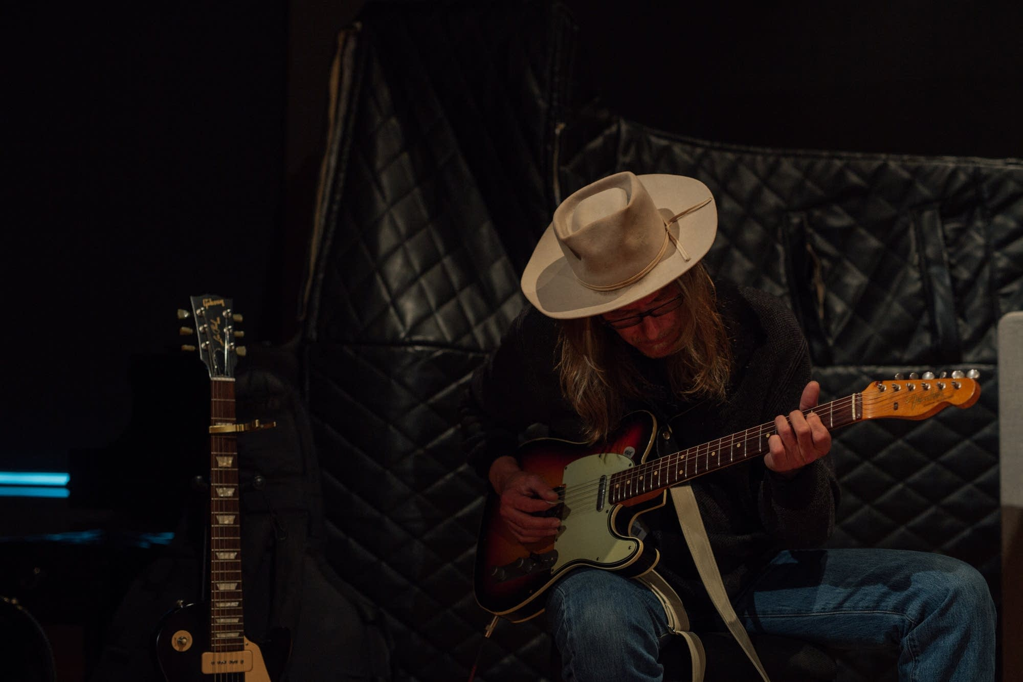 Erik Koskinen performs in the Radio Heartland studio