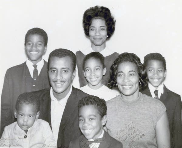 Melvin Carter Jr. and his family in 1962.