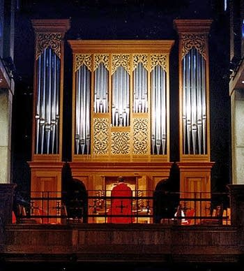1989 Frobenius organ at Saint Stephen's Church, Belvedere, CA