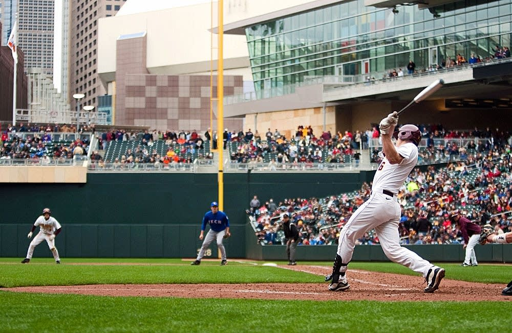 Gopher baseball at Target Field