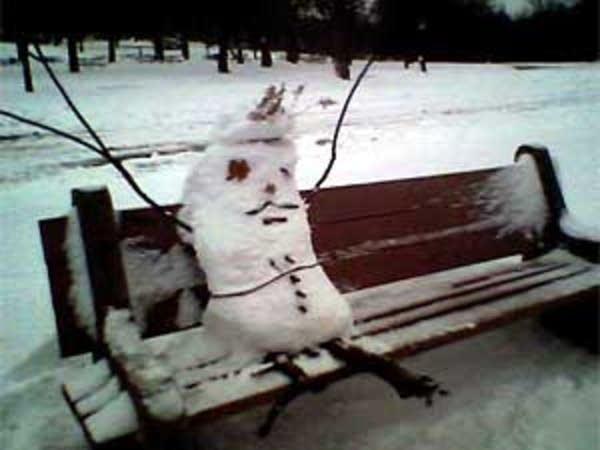 Snowman takes a rest