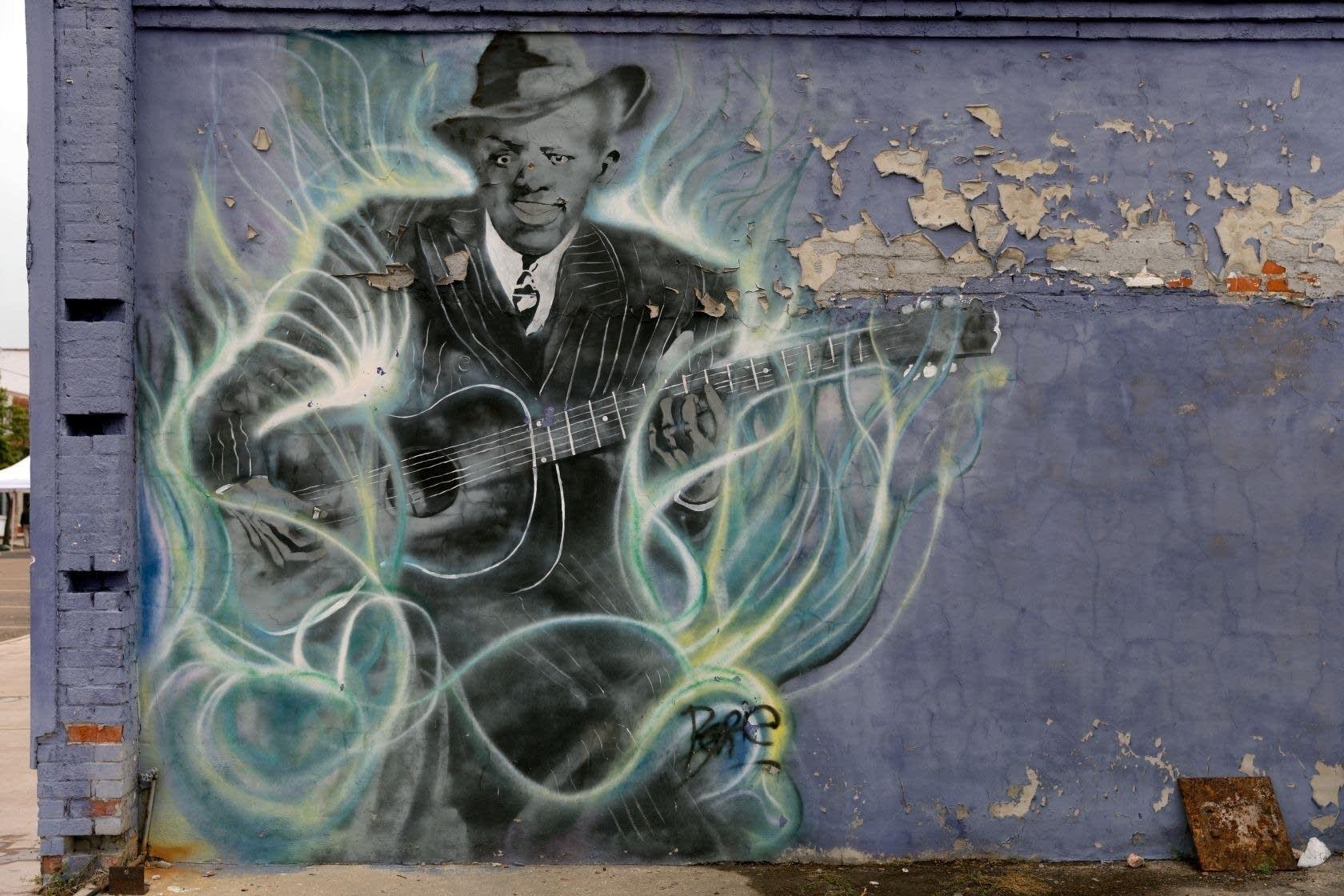 Robert Johnson mural in Clarksdale, Mississippi