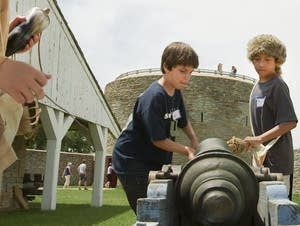 Cleaning the cannon