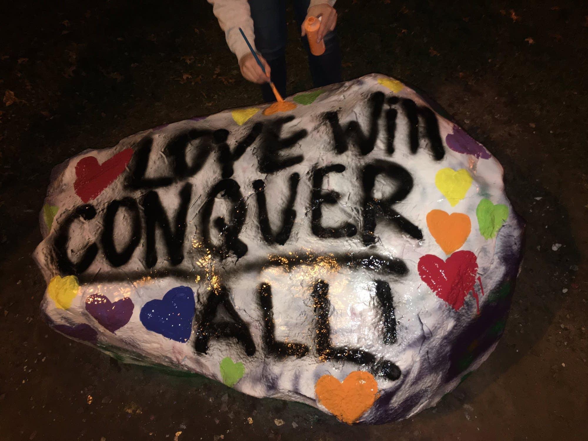 Students paint message