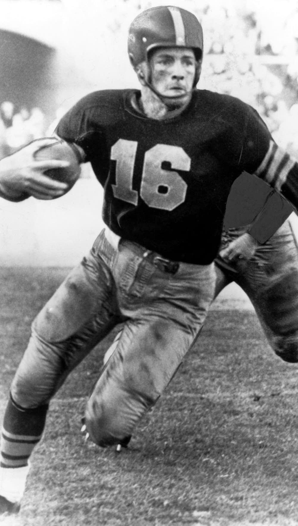 Pro Football Hall of Famer Frank Gifford dies at 84 | MPR News