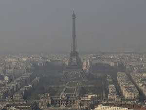 Paris in the smog time