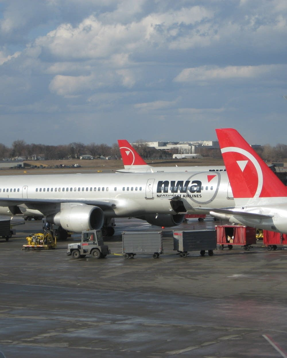 Northwest Airlines -- a look back at its long history | MPR News