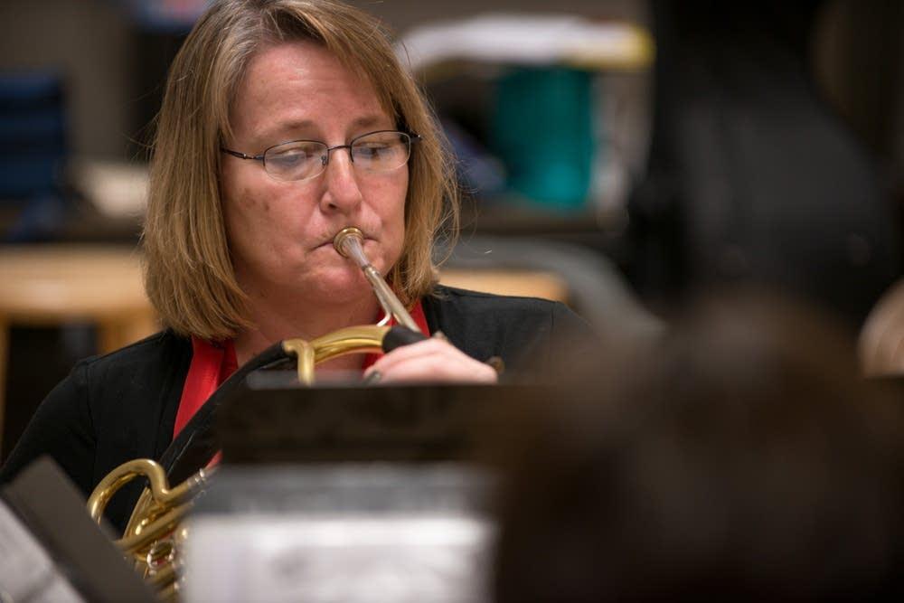 Vicki Wheeler horn
