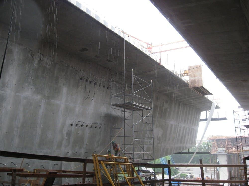 Pre-cast bridge segments