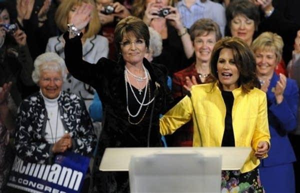 Michele Bachmann, Sarah Palin